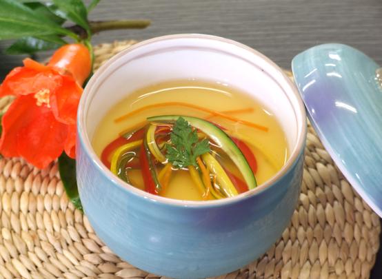 夏野菜のあんかけ茶碗蒸し